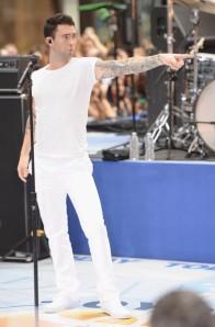 Adam+Levine+Jeans+Classic+Jeans+1aOftVzEWw_l