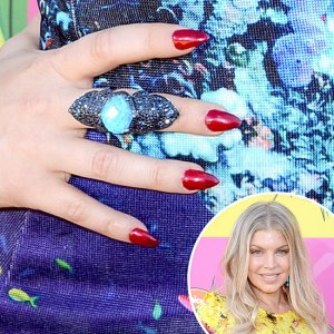 Fergie-Nail-Art-Kids-Choice-Awards-Fashion-thejasminebrand